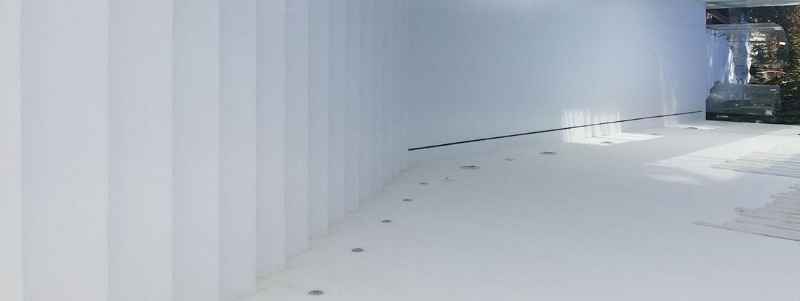 pavimento-resina-show-room-lamborghini