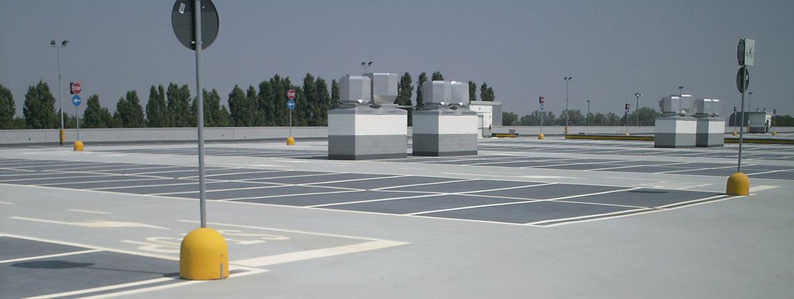 Tetto carrabile di un parcheggio impermeabilizzato con resina