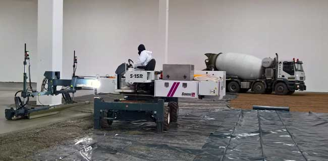 laser screed per pavimento industriali Resinystem Italia