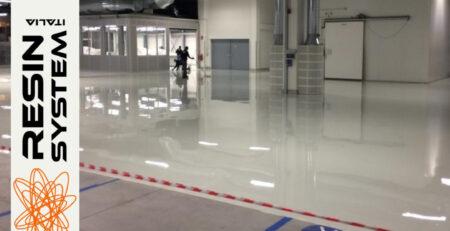 Pavimentazione industriale con resina autolivellante per settore automotive